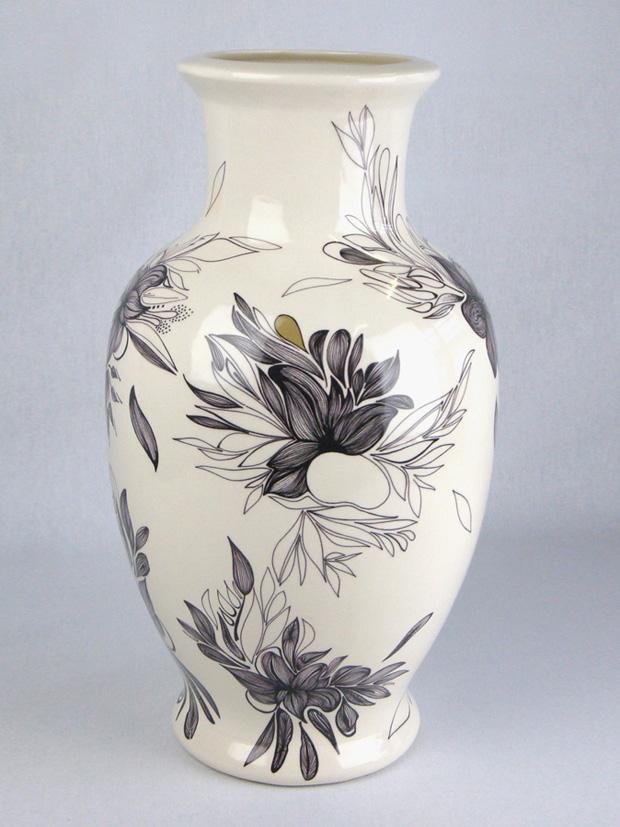 showpiece ceramic vase brutal camouflage pattern dessin